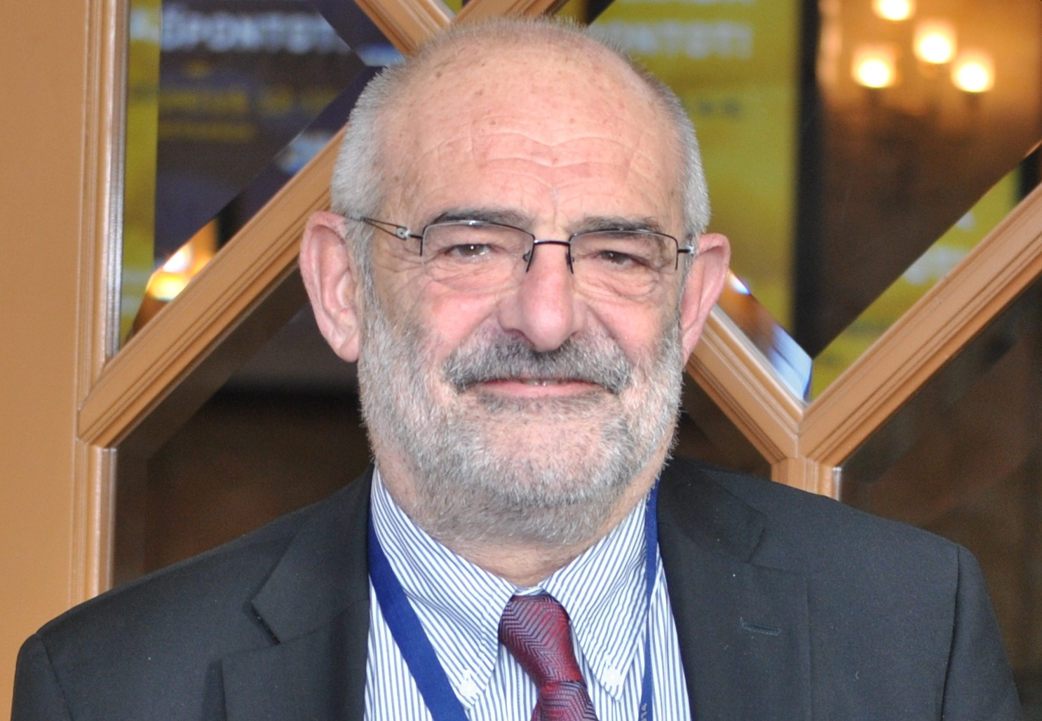 Jean Yves Douillard professzor