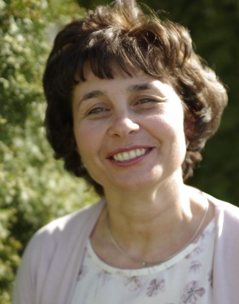 dr. Gálffy Gabriella