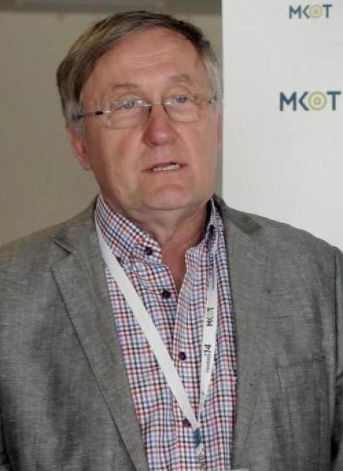 Dr. Ostoros Gyula