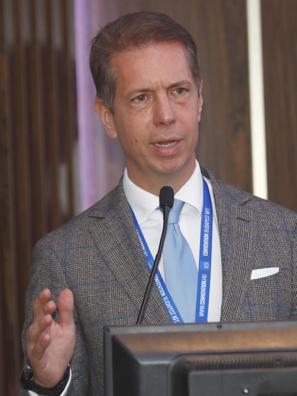 Prof. Dr. Nyirády Péter